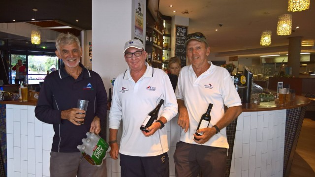 Wednesday Fun Race prizegiving, March 1st, 2017. Credit Suzanne Arms.